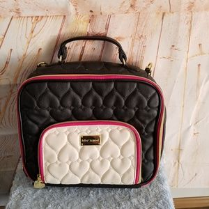Betsey Johnson Insulated Quilted Lunch Box